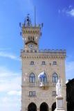 центральный квадрат san marino Италии стоковые изображения