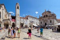 Центральная улица городка Дубровника старого, Хорватия Стоковые Фото