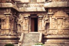 Центральный вход на висок Gangaikonda Cholapuram. Большое archite Стоковое Фото