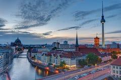 Центр Берлина с известной башней телевидения Стоковые Изображения