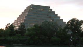 Центр города около озера видеоматериал
