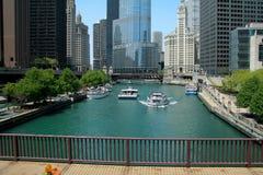 Центр города & река Чикаго Стоковые Фото