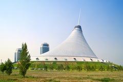 Центр зрелищности Khan Shatyr Стоковые Изображения RF