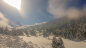 Центр лыжи Kalavrita в Греции во время зимы Touristic назначение видеоматериал