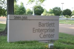 Центр предприятия Bartlett, Bartlett, TN стоковые фото