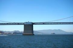 Центр стороны Сан-Франциско моста залива Стоковая Фотография