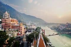 Центр духовности города йоги Rishikesh в Индии Стоковая Фотография RF