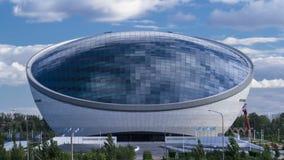 Центр Nazarbayev и голубая башня, с отражением ond облаков astana kazakhstan видеоматериал