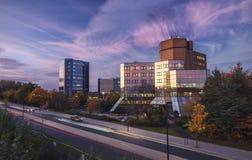 Центр Telford в теплом осеннем свете стоковые фотографии rf
