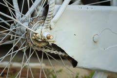 Цепное колесо велосипедов припаркованных на парке Стоковая Фотография