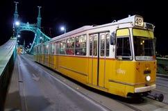 Цепной мост в Будапеште с трамваем Стоковое Фото