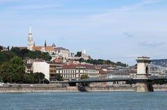 Цепной мост и башни Будапешт рыболова Стоковые Изображения