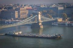 Цепной мост между Buda и бичем в Будапеште стоковая фотография
