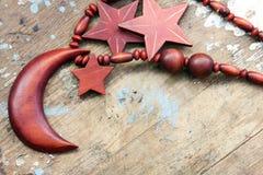 Цепь аравийской моды деревянная для женщины Стоковые Изображения