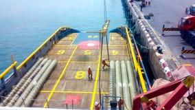 Цепь шланга экспорта вне на корабле Стоковая Фотография