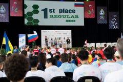 Церемония закрытия конкуренции робототехники в Коста-Рика для студентов по всему миру между возрастной группой 9 до 25 лет стоковые фотографии rf