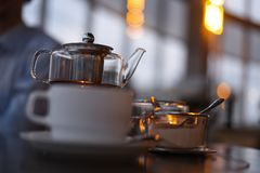 Церемония чая в кафе стоковые изображения