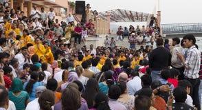 Церемония Pooja в вечере стоковые фото