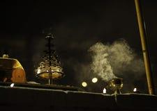 Церемония Puja реки Ganges, Varanasi Индия Стоковая Фотография