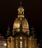 Церковь дамы на ноче Стоковые Изображения