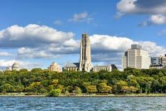 Церковь берега реки - Нью-Йорк Стоковая Фотография