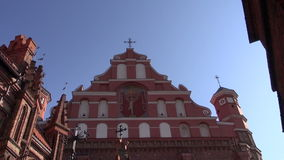 Церковь Вильнюса историческая Св.а Франциск Св. Франциск и Bernardine сток-видео