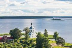 Церковь возвеличивания святого креста, монастырь Nilov, зона Tver стоковые фотографии rf