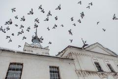 Церковь воскресения на рыночной площади в Suzdal стоковая фотография rf