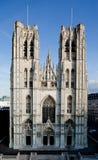 Церковь в архитектуре Швейцарии, здание собора Женевы, религиозная башня, колокол, готический, исторический стоковая фотография