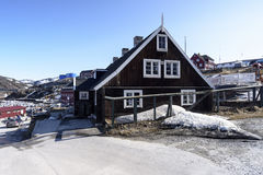 Церковь в городе Ilulissat Гренландии Май 2016 Стоковая Фотография RF