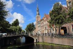 Церковь в Лейдене, Голландии стоковая фотография rf