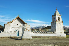 Церковь в национальном парке Isluga вулкана стоковое изображение rf