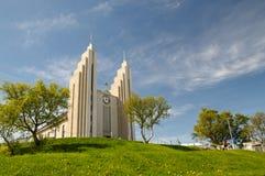 Церковь в Akureyri (Akureykirkja) Стоковое фото RF