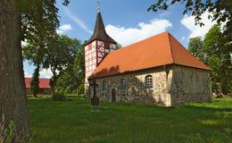 Церковь в Alt Plestling, Mecklenburg-West Pomerania, Германии Стоковые Фотографии RF