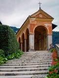 Церковь в Baveno Ломбардии Италии Стоковые Фотографии RF