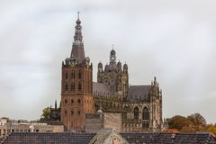 Церковь в bosch вертепа в Нидерланд стоковое изображение