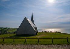 Церковь в Etretat стоковые фотографии rf