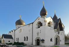 Церковь защиты Theotokos в Mary и приход Theokos сестры пощады 1912 moscow стоковое фото