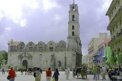 Церковь и квадрат, Ла Havanna стоковые изображения