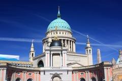 Церковь и парламент Nikolai Потсдам, Германия - 17 04 2016 Стоковая Фотография RF