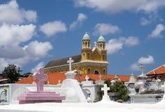 Церковь и погост Otrobanda Стоковая Фотография RF