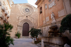 Церковь и saturno Sant'Agostino стоковое фото rf