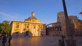 Церковь квадрата девственницы центра города Валенсии Испании акции видеоматериалы