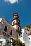 Церковь колокольни деревни Atrani Стоковые Изображения RF