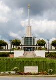 Церковь Мормона под облачными небесами Стоковые Фотографии RF