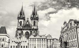 Церковь нашей дамы перед Tyn в Праге, чехии, colorle Стоковое Изображение