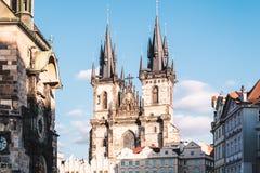 Церковь нашей дамы перед Tyn на Праге, чехии стоковое фото rf