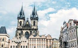 Церковь нашей дамы перед Tyn в Праге, голубом фильтре Стоковое фото RF