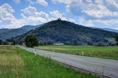 Церковь на холме вне Любляны, Словении стоковое изображение rf