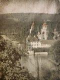 церковь около швейцарца реки Стоковое Изображение RF
